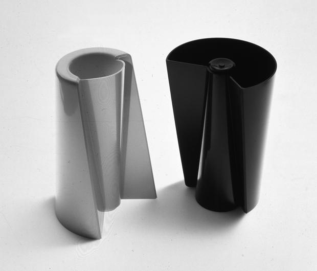 il grillo parlante sta a pinocchio come enzo mari sta al progettista contemporaneo. Black Bedroom Furniture Sets. Home Design Ideas