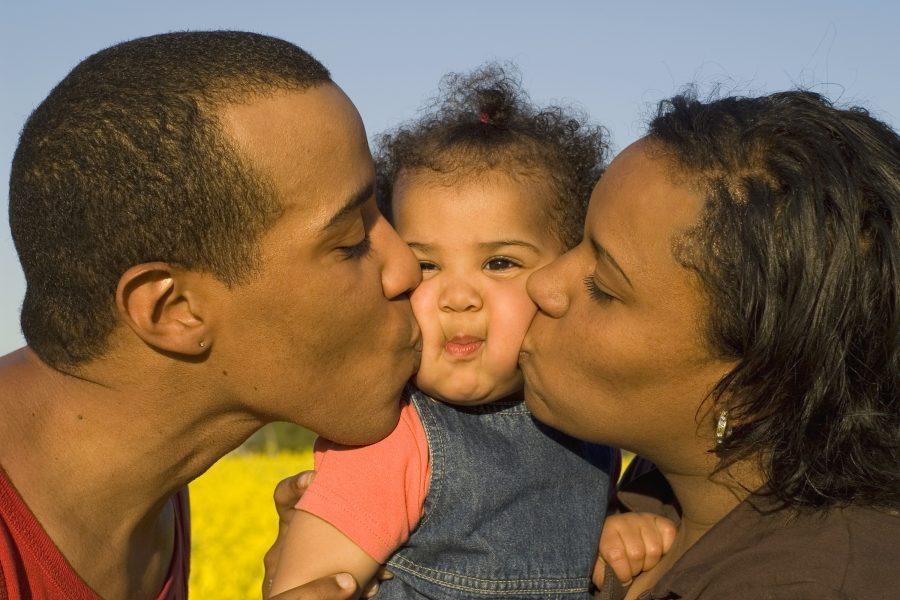 Cari genitori separati, esiste un'App che vi aiuta a dialogare (per il bene dei vostri figli)